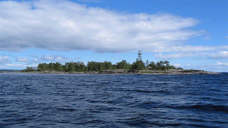Онежское озеро самое популярное у посещающих