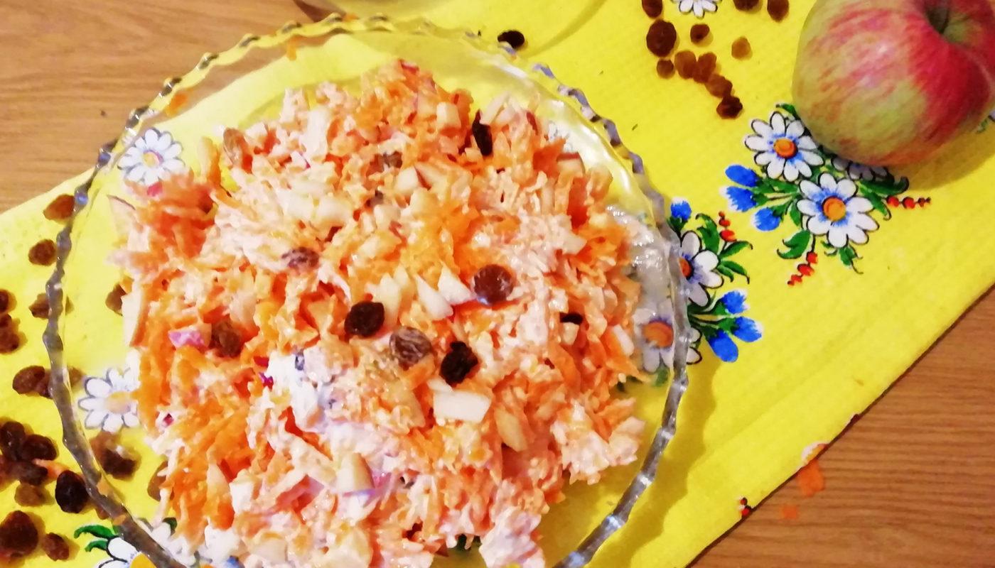 Простой и легкий салат с изюмом на праздник быстро и вкусно. Пошаговый рецепт  вкусного салата с изюмом-фото по шагам